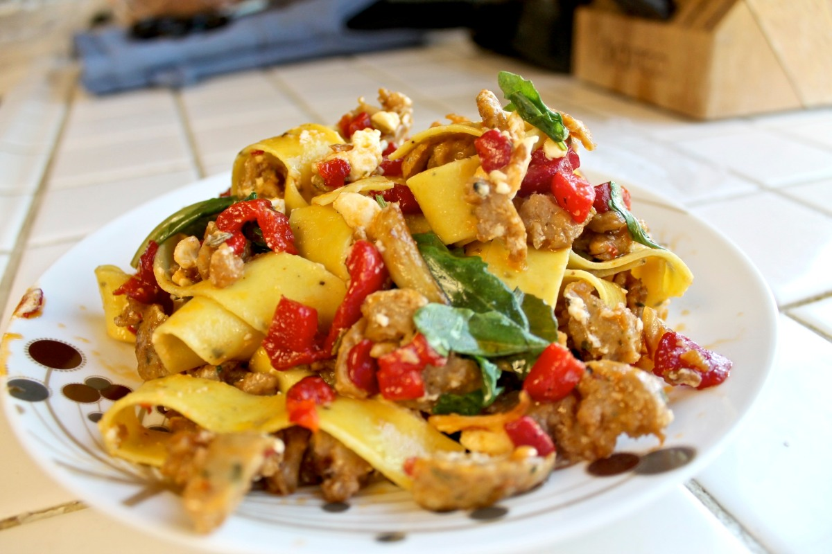 Free-for-All Friday: Lemon Pasta with Sausage, Roasted Red Pepper and Arugula